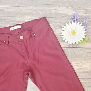 Hot & Delicious Maroon Jeggings